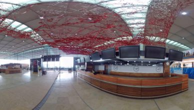 """Flughafen BER im 360-Grad-Video der """"Welt"""" von VR director Martin Heller."""
